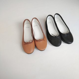 <img class='new_mark_img1' src='//img.shop-pro.jp/img/new/icons8.gif' style='border:none;display:inline;margin:0px;padding:0px;width:auto;' />LENO<br>BALLET SHOES / Goat Leather