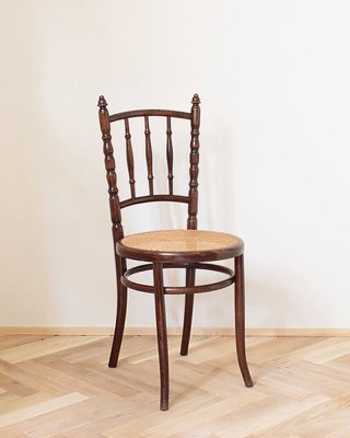 Bentwood Chair .b