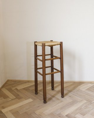 High Stool.b<img class='new_mark_img2' src='https://img.shop-pro.jp/img/new/icons5.gif' style='border:none;display:inline;margin:0px;padding:0px;width:auto;' />
