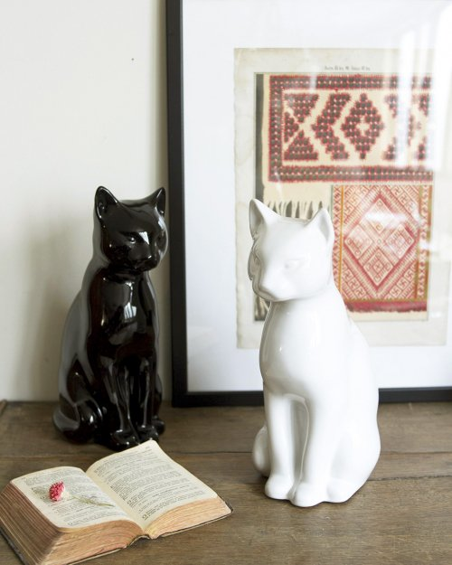 Ceramic Cat Object