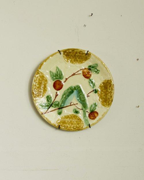 """バルボティーヌプレート """"インコ""""  Barbotine Plate """"Bird"""""""