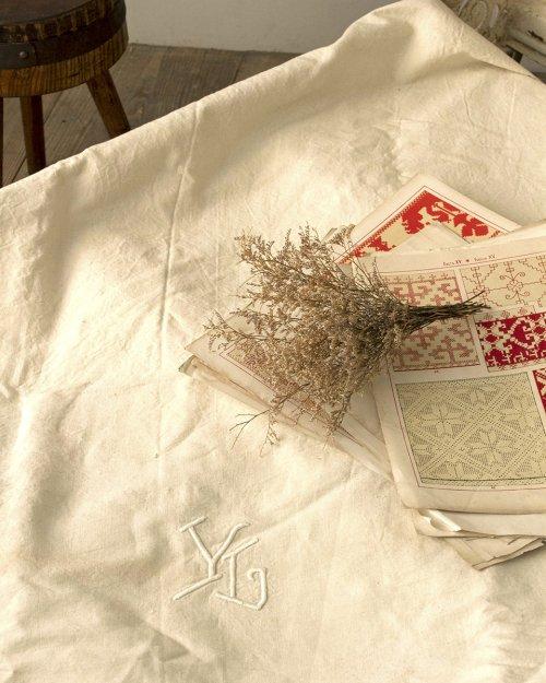 リネンシーツ.a  Linen Sheets
