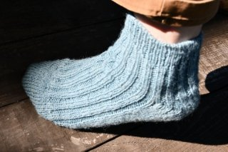 Gardener Socks キット [Cambrian Mountains Wool]-草木染め