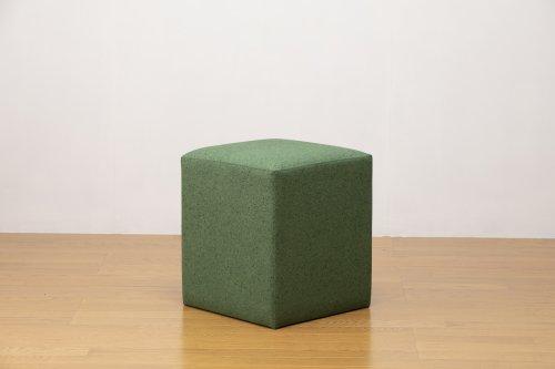 適度なサイズの四角スツール 石調グリーン