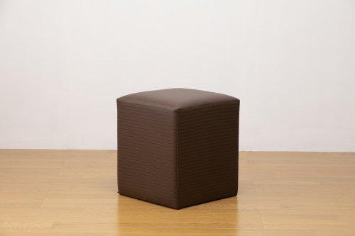 適度なサイズの四角スツール 編込み調ブラウン