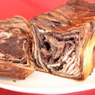 【スイーツデニッシュの最高峰 自分へのご褒美に プチギフトに♪】【化粧箱入】バター デニッシュ 濃厚ピュアチョコレート1斤(チョコ スイーツ デニッシュ 食パン ギフト)