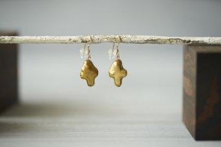 pierce 「golden cross」
