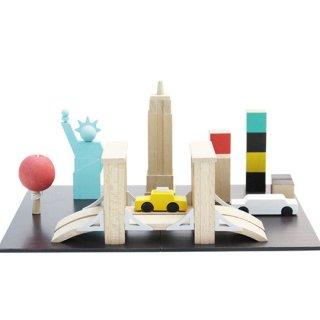 kiko+ [キコ] machi NY [マチ ニューヨーク] 木のおもちゃ 作って遊ぶ 車 チョーク付属