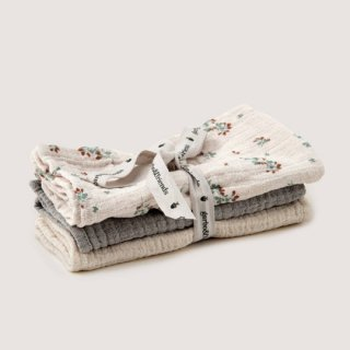 garbo&friends / Clover Burp Cloths  3set