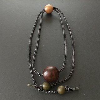 天然木スネークウッドのネックレス(ループ組紐)