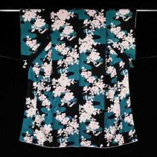 アンティーク着物 上品な山茶花