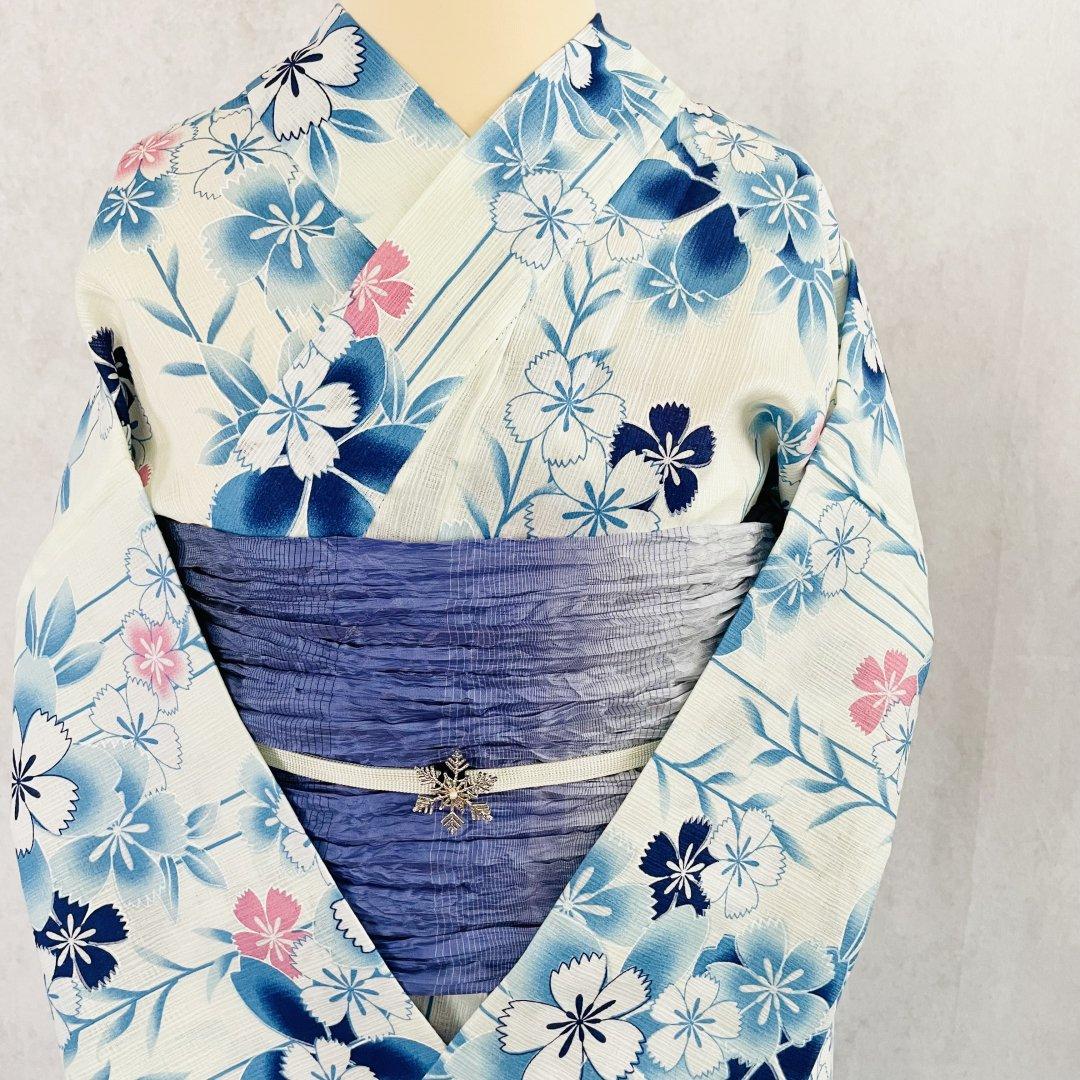【新品】卯の花色になでしこ柄のコットンリネン浴衣