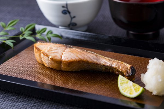 紅鮭(北洋産) 半身 内容量:1kg前後