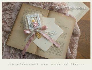 【ポスト投函対応】ロリータ Sweet Dreamer Vintage スワンのブローチ兼ヘアアクセサリー コサージュ ヘアアクセ 甘ロリ リボン