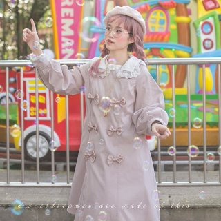 【受注生産 納期40日】ロリータ sweet dreamer おリボンがいっぱい レース襟が可愛いトレンチコート ピンク ミモレ丈 上品 クラシカル パフスリーブ loli066008
