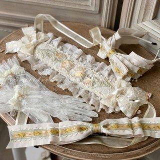 【受注生産】ロリータ Sweet Dreamer Vintage 薔薇 刺繍 ヘッドドレス イエロー クラシカル リボン フリル チャーム ホワイト
