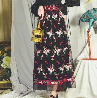 レディース スカート ブラック ロング フラワー 刺しゅう 花柄 鮮やか おしゃれ 大人 かわいい フェミニン ふんわり 大きいサイズ サイズ豊富 春夏 おでかけ デート セミロリ semil0061