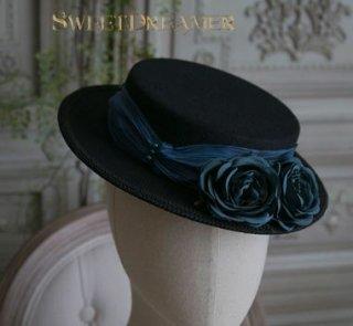 ロリータ Sweet Dreamer フラワー クール 帽子 ヘッドドレス ブラック ブルーリボン 薔薇 お花 ローズ バラ モチーフ おしゃれ フリーサイズ 通年 ファッション雑貨 カンカン帽