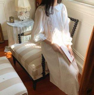 ロリータ 長袖 刺繍 ネグリジェ 2色 ワンピース ホワイト ブルー 甘ロリ クラシカル ナイティ ルームウェア 部屋着 フラワー刺しゅう コットン ロング ゆったり レトロ アンティーク