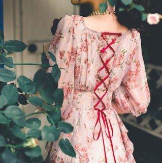 レディース フラワー ワンピース ピンク 春夏 ロング フレア レースアップ バックコンシャス かわいい ドール ドレス パフスリーブ 上品 華やか 大人可愛い 大きいサイズ サイズ豊富 トレンド