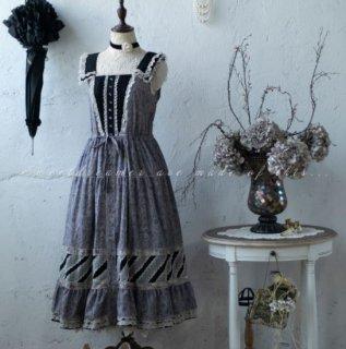 Sweet Dreamer ゴスロリファッション ゴスロリ 甘ロリ 姫ロリ ジャンパースカート 無地 小花柄 花柄 お花 花柄 お花 襟 重ね着風