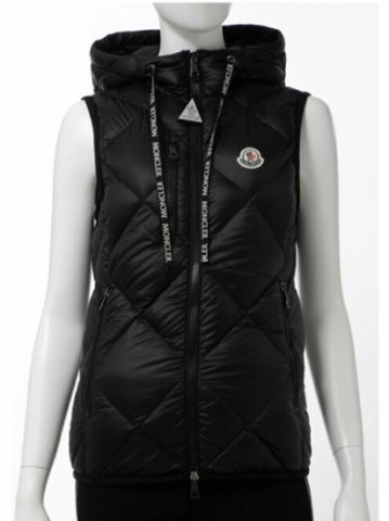 <img class='new_mark_img1' src='https://img.shop-pro.jp/img/new/icons13.gif' style='border:none;display:inline;margin:0px;padding:0px;width:auto;' />【MONCLER】SUCREXフーデットダウンベスト(WOMEN)【ブラック】