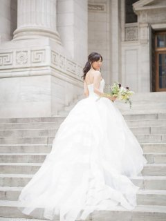 <img class='new_mark_img1' src='https://img.shop-pro.jp/img/new/icons14.gif' style='border:none;display:inline;margin:0px;padding:0px;width:auto;' />【Used 52%OFF】 Vera Wang Liesel (ヴェラウォン リーゼル) US4 丈カット無し ※プレス代2万円込み