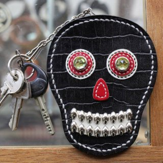 skull leather key & card case<BR>black emboss leather<BR>crocodile X yellow eye