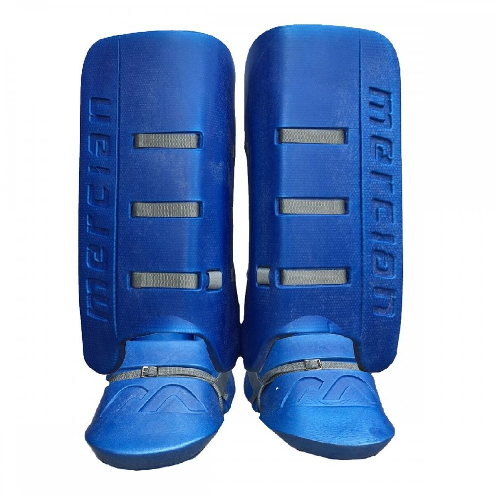Evolution Pro Legguards and Kickers Set<img class='new_mark_img2' src='//img.shop-pro.jp/img/new/icons14.gif' style='border:none;display:inline;margin:0px;padding:0px;width:auto;' />
