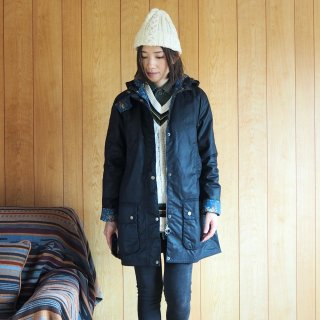 Barbour バブアー × Emma Bridgewater エマブリッジウォーター レディース ワックスドフーディージャケット LOVE WAX JAKET / NAVY<img class='new_mark_img2' src='https://img.shop-pro.jp/img/new/icons13.gif' style='border:none;display:inline;margin:0px;padding:0px;width:auto;' />