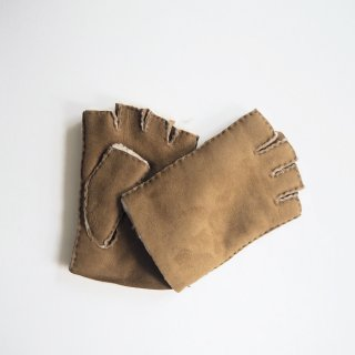 Glencroft グレンクロフト ムートングローブ FINGERLESS GLOVES/TAN<img class='new_mark_img2' src='https://img.shop-pro.jp/img/new/icons13.gif' style='border:none;display:inline;margin:0px;padding:0px;width:auto;' />