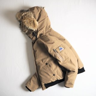 Cape HEIGHTS ケープハイツ レディース ダウンジャケット Women's MANSFIELD Jacket / MUSHROOM<img class='new_mark_img2' src='https://img.shop-pro.jp/img/new/icons13.gif' style='border:none;display:inline;margin:0px;padding:0px;width:auto;' />