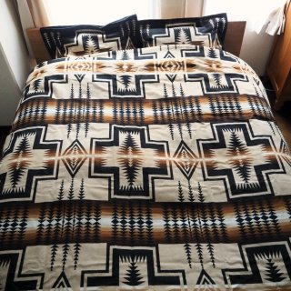 PENDLETON ペンドルトン 大判ブランケット HARDING (QUEEN SIZE/228cmx228cm)<img class='new_mark_img2' src='https://img.shop-pro.jp/img/new/icons13.gif' style='border:none;display:inline;margin:0px;padding:0px;width:auto;' />