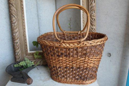 木製&籐ラタンで編まれたバッグ