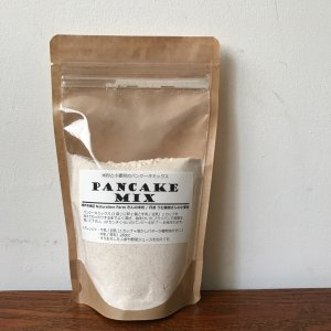 米粉と小麦粉のパンケーキミックス