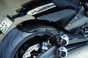 ハーレー FXDR114 パーツ|ドライカーボンリアフェンダー
