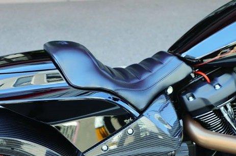 ハーレー FXDR114 パーツ|ビニールレザー シングルシート
