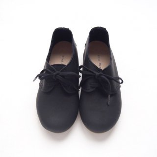 <img class='new_mark_img1' src='https://img.shop-pro.jp/img/new/icons14.gif' style='border:none;display:inline;margin:0px;padding:0px;width:auto;' />PEEP ZOOM - Kutack Shoes(Black)