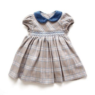 <img class='new_mark_img1' src='https://img.shop-pro.jp/img/new/icons14.gif' style='border:none;display:inline;margin:0px;padding:0px;width:auto;' />Malvi & Co.(ISI baby) - Tartan smocked dress (Beige)
