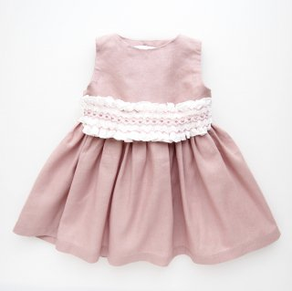 <img class='new_mark_img1' src='https://img.shop-pro.jp/img/new/icons20.gif' style='border:none;display:inline;margin:0px;padding:0px;width:auto;' />10%OFF Camellia boutique - Smocked sash dress (Dusty pink)