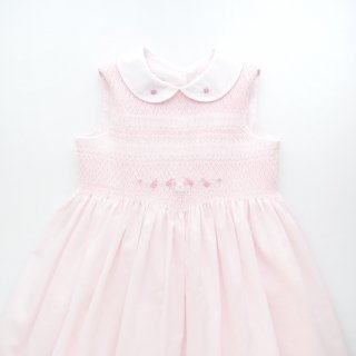 <img class='new_mark_img1' src='https://img.shop-pro.jp/img/new/icons14.gif' style='border:none;display:inline;margin:0px;padding:0px;width:auto;' />Sarah Louise - Smocked sleeveless dress(Pink)