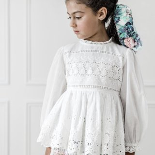 <img class='new_mark_img1' src='https://img.shop-pro.jp/img/new/icons20.gif' style='border:none;display:inline;margin:0px;padding:0px;width:auto;' />30%OFF - Petite Amalie - Embroidered BabyDoll Top