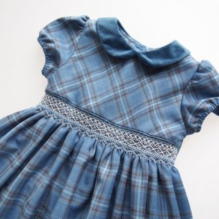 <img class='new_mark_img1' src='https://img.shop-pro.jp/img/new/icons14.gif' style='border:none;display:inline;margin:0px;padding:0px;width:auto;' />Malvi&Co. - Tartan smocked dress - Puff sleeve (Blue)