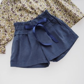 <img class='new_mark_img1' src='https://img.shop-pro.jp/img/new/icons14.gif' style='border:none;display:inline;margin:0px;padding:0px;width:auto;' />Amaia Kids -  Betty shorts (Blue navy)