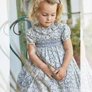 <img class='new_mark_img1' src='https://img.shop-pro.jp/img/new/icons14.gif' style='border:none;display:inline;margin:0px;padding:0px;width:auto;' />Amaia Kids -  Moohren dress (Liberty grey)