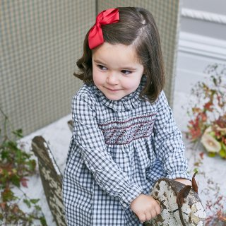 <img class='new_mark_img1' src='https://img.shop-pro.jp/img/new/icons14.gif' style='border:none;display:inline;margin:0px;padding:0px;width:auto;' />Amaia Kids -  Moohren dress (Gingham)