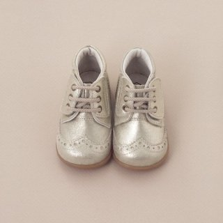 <img class='new_mark_img1' src='https://img.shop-pro.jp/img/new/icons14.gif' style='border:none;display:inline;margin:0px;padding:0px;width:auto;' />PEEP ZOOM - Wing tip Shoes (Silver)