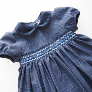 <img class='new_mark_img1' src='https://img.shop-pro.jp/img/new/icons14.gif' style='border:none;display:inline;margin:0px;padding:0px;width:auto;' />ISI Malvi&Co. - Tartan smocked dress - Puff sleeve (Blue Navy)