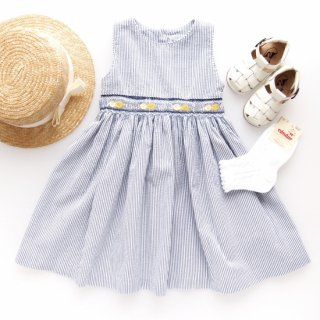 <img class='new_mark_img1' src='https://img.shop-pro.jp/img/new/icons14.gif' style='border:none;display:inline;margin:0px;padding:0px;width:auto;' />Malvi&Co. - Limone smocked dress - sleeveless (Navy)