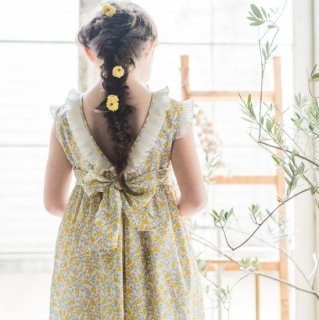 <img class='new_mark_img1' src='https://img.shop-pro.jp/img/new/icons14.gif' style='border:none;display:inline;margin:0px;padding:0px;width:auto;' />Amaia Kids - Ganivet dress (Liberty yellow)